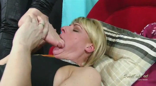You're feet are mine! HQ WMV