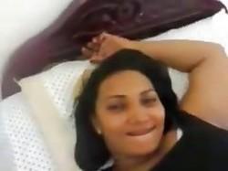 حصرى زانق ممرضة شرموطة فى العيادة ومخلعهاالست ويزنقها على الشيزلونج روعة