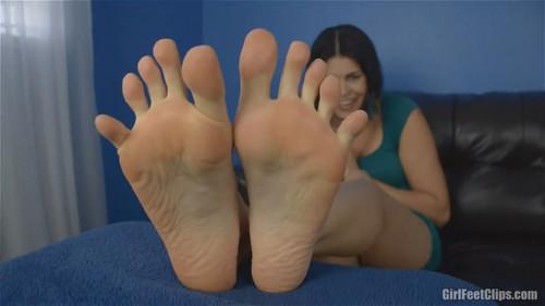 Worship Her BIG Size 11 Feet - 720p HD
