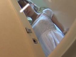 skmd009 スクラッチ【[洗面所]実は目的がコレでした!】vol.09 実はコレが目的でした。2名。経血女子とプクマン女子