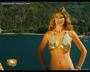 Soledad Ainesa hot cleavage model