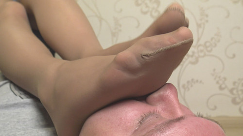 Nikki - footrest after hard day Full HD