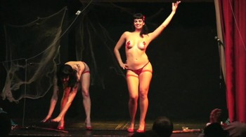 Naked  Performance Art - Full Original Collections - Page 4 0cav3ufi3z2a