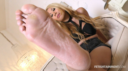 Miss Vannys Footworship POVs - FULL HD WMV