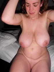 Angelina jolie posing nude