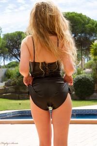Holly Jade - Black Leather c6rkt9wgt3.jpg