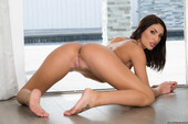 August-Ames-Our-Homemade-Sex-Tape-%28solo%29-c6s9npe6el.jpg