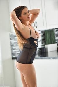 Becky - Intimate Wear  u6rmr0i16f.jpg