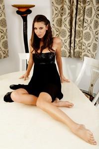 Lizzie Ryan - Versace  76rsa7by7h.jpg