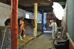 Lizzie Ryan - Backstage Of Amazone & Sexy Groom 56uvht7iul.jpg